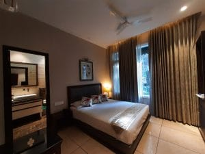 Deluxe Rooms in Kasauli Regency are good for couples so Book them online.