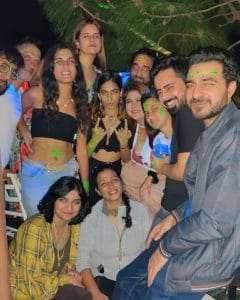 Hangout Bar Himacahl Pradesh - Music Evening